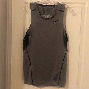Nike sleeveless shirt